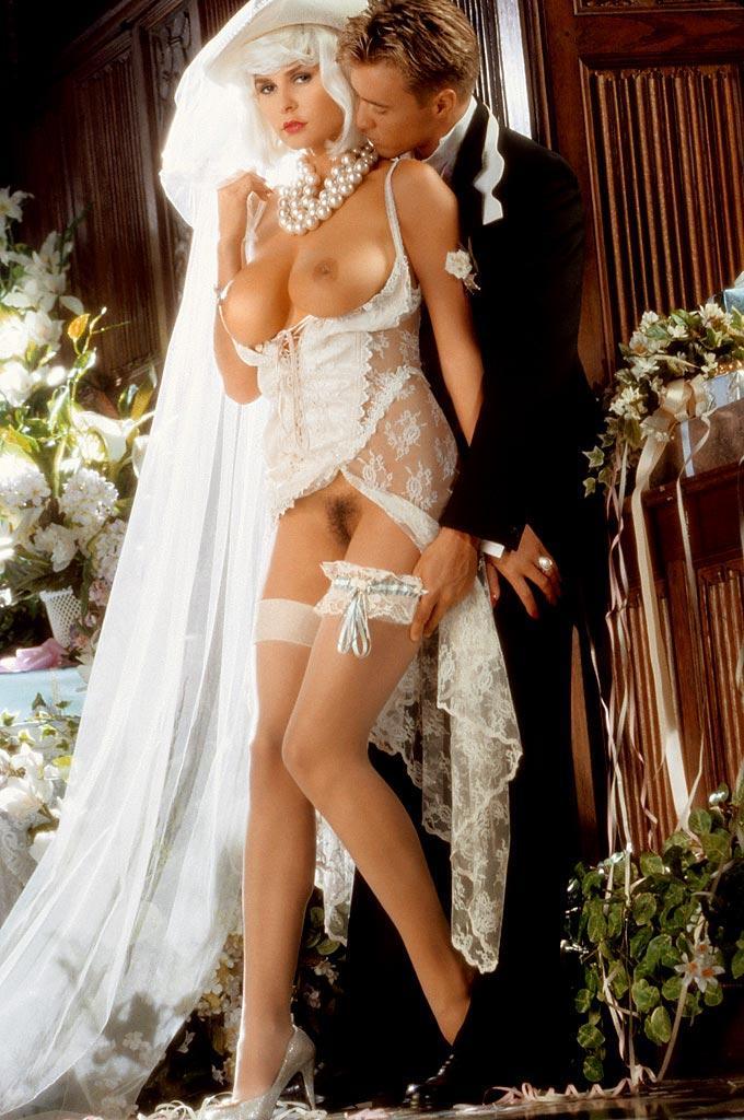 девушки на свадьбах голые стоит каждый раз